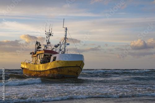Türaufkleber Schiff Seascape, sunset over the sea