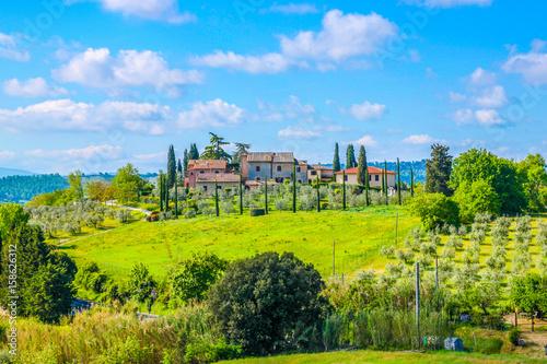 Foto auf Gartenposter Lime grun Beautiful landscape in Tuscany, Italy