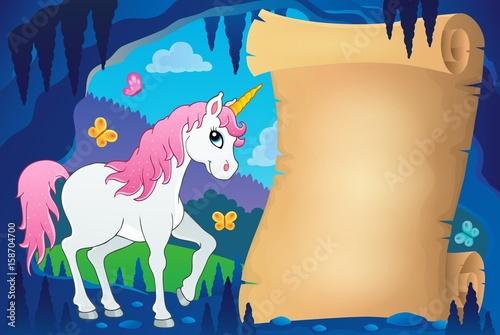 Plakat Pergamin w bajkowym obrazie jaskini 7
