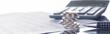 Leinwanddruck Bild - Finanzen, Euro, Münzstapel auf Tabellen mit Stift und Taschenrechner, Panorama, Hintergrund
