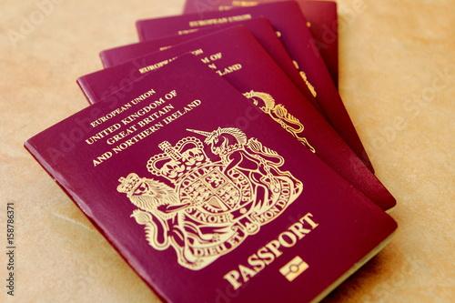 Fotografía  Stack of five British United Kingdom European Union Biometric passports