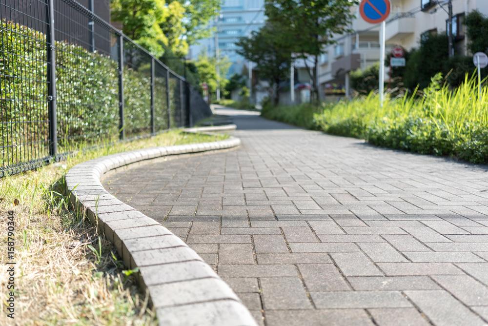 Fototapeta 街中の歩道
