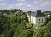 Wiltz Schloss Und Seniorenheim