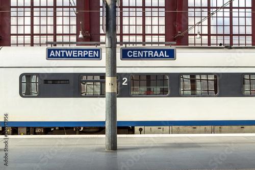 In de dag Antwerpen Railway station in Antwerpen Belgium