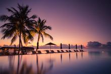 Luxury Poolside On The Beach W...