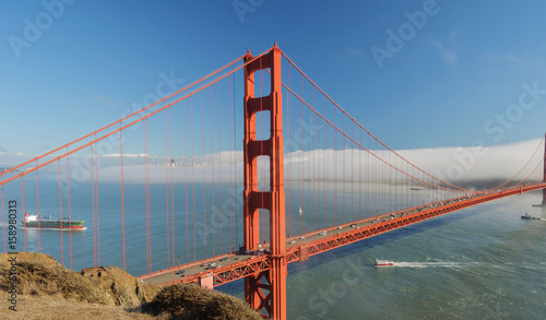 letni-dzien-i-most-golden-gate