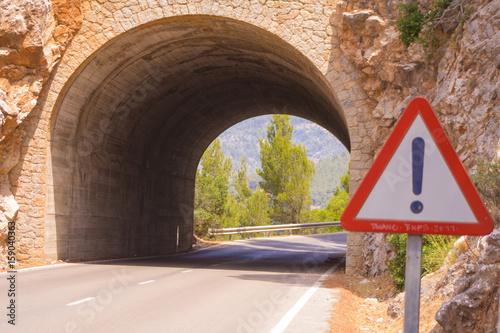 Zdjęcie XXL Tunel samochodowy na Majorce