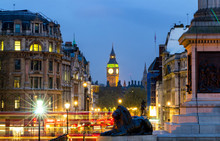 London Trafalgar Square Lion A...