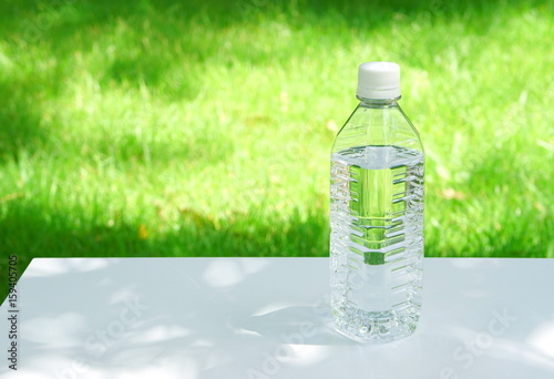 Fotografie, Obraz  ペットボトル ミネラルウォーター エコロジーのイメージ