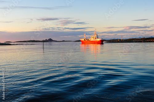 In de dag Noord Europa Ship on the sea