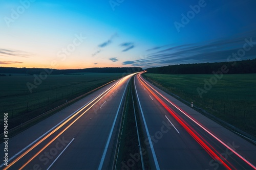 Photo sur Aluminium Autoroute nuit Sunrise on the highway