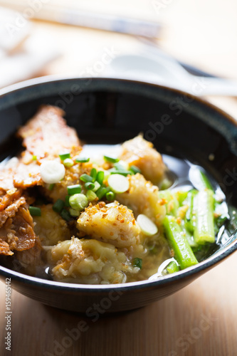 wonton soup with roast pork and vegetable ,thai noodle Canvas-taulu
