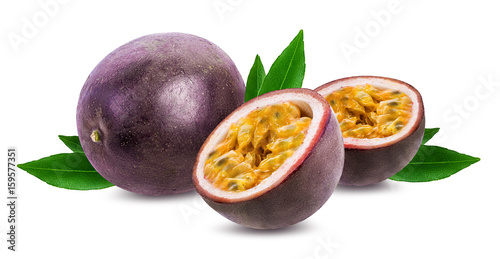 Spoed Foto op Canvas Vruchten Passion fruit isolated on white