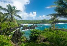Green Rocks At Waianapanapa On The Road To Hana In Maui