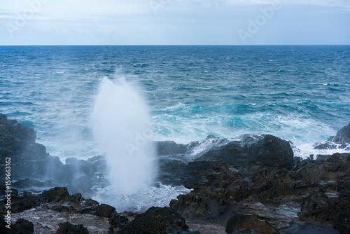 Photo  Nakalele Blowhole on north coast of Maui erupts