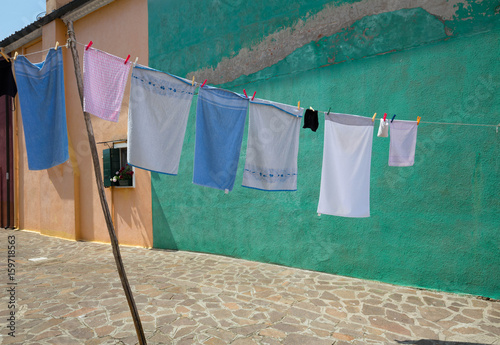 Fototapety, obrazy: Drying laundry in the yard