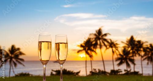 Fotomural Romantic island beach getaway for two.