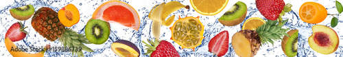 Foto op Plexiglas Vruchten Fruit and water