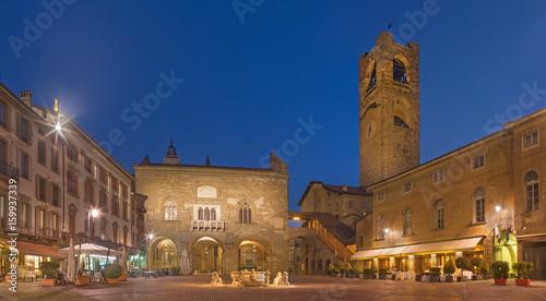 Fotografie, Obraz  Bergamo - The Piazza Vecchia square at dusk.
