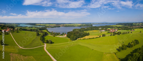 Fotobehang Rijstvelden Aerial: Lake