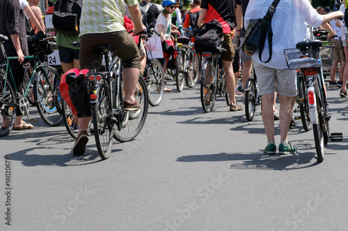 Obraz na plátně bicycle traffic