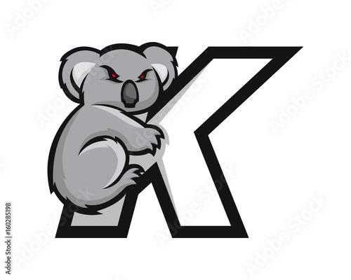 Naklejka premium Nowoczesne logo sportowe litery alfabetu Koala K
