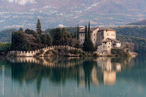 View of the castle  of Toblino in northern Italy Canvas-taulu