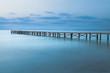 Steg auf Mallorca mit blauen Tönen