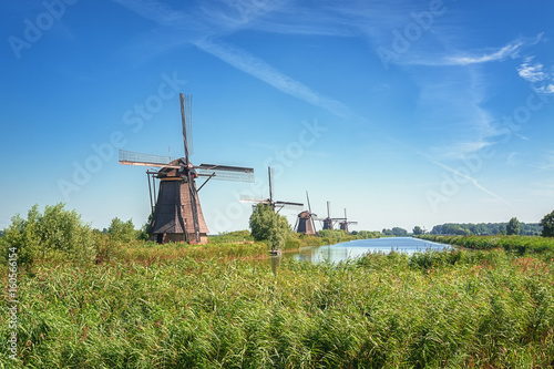 Poster Molens The beautiful Dutch windmills at Kinderdijk