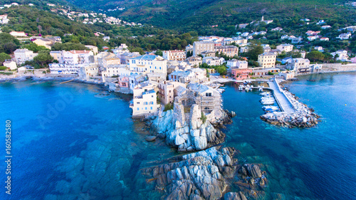 Fotografie, Obraz  tour génoise ,Erbalunga Corse