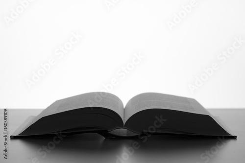 Fotografie, Obraz  Libro abierto de perfil