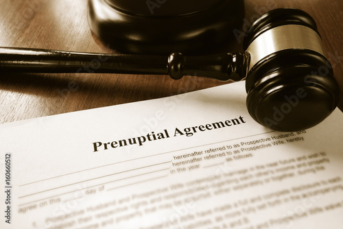 Fototapety, obrazy: Prenup contract