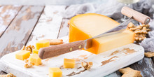 Delicious Dutch Gouda Cheese W...