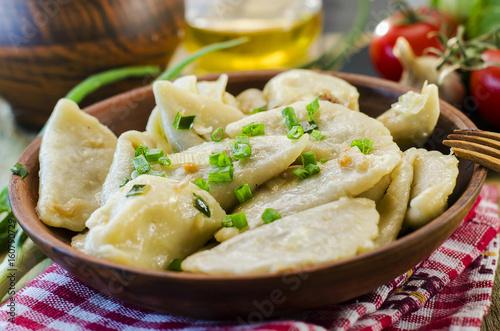 Plakat Pierogi z ziemniakami i kapustą