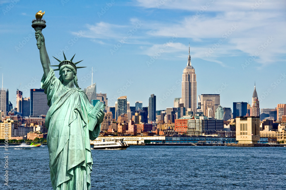 Fototapety, obrazy: New York skyline and the Statue of Liberty, New York City collage, travel and tourism postcard concept, USA