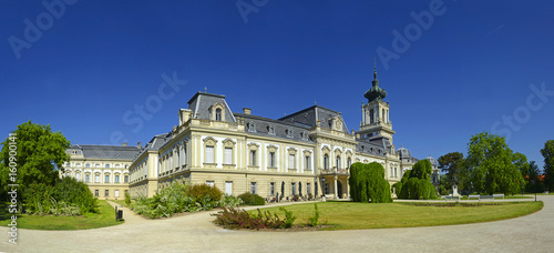 Photo Hungary - Park and castle in Keszthely