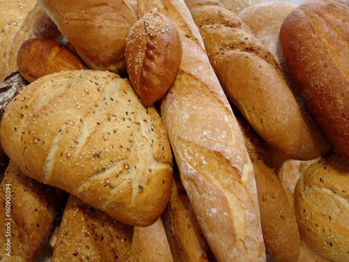 Keuken foto achterwand Bakkerij bread, food, bakery, wheat, loaf, background, brown, whole, healthy, fresh, bun, meal, flour, grain, rye, breakfast, closeup, crust, baguette, french, natural, dough, nutrition, bake, product, oat, or