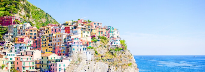 Panoramaof amazing view of the beautiful and cozy village of Manarola in the Cinque Terre Reserve. Liguria region of Italy.