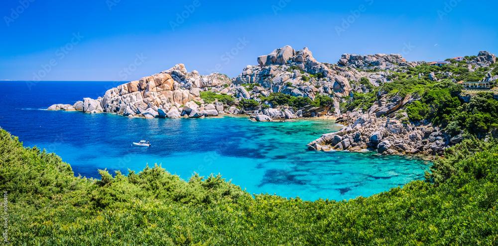 Photo  Bizarre granite rock and azure bay in Capo Testa, Sardinia, Italy