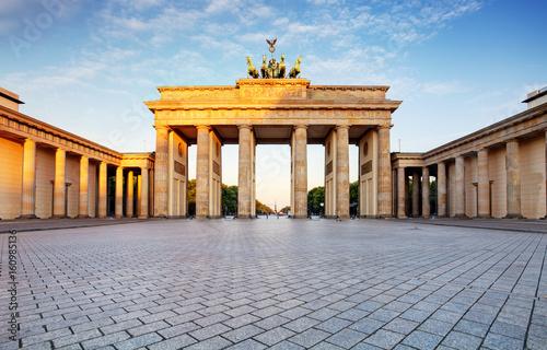 In de dag Berlijn Branderburger Tor- Brandenburg Gate in Berlin, Germany