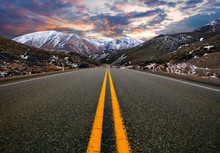 Mountain Road In Arthur's Pass National Park New Zealand ,most Popular Traveling Route In New Zealand