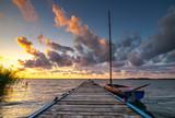 Fototapeta Pomosty - zachód na jeziorze Gardno