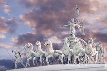 Chariot Of Glory On The Arch O...