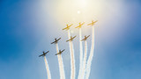 Fototapeta Na sufit - Air show - samoloty na tle nieba