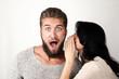canvas print picture - Klatsch und Tratsch zwischen Frau und Mann
