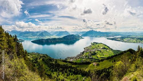 Photographie  Panorama, Sicht auf Vierwaldstättersee und Weggis von der Rigi aus, Schweiz, Eur