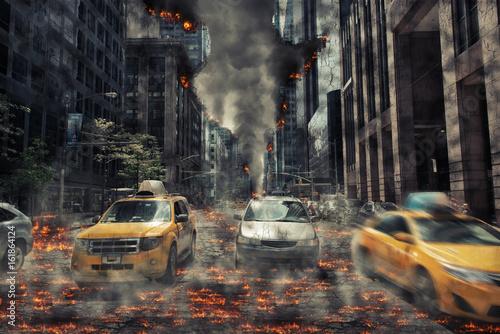 Fototapeta Samochody na ulicy rozpadającego się miasta