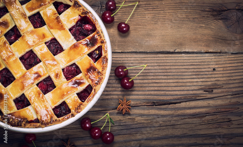 Photo Sweet homemade cherry pie