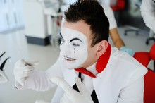 Mime Without Anterior Teeth Shows A Thumb In The Camera - The Sign Is Excellent