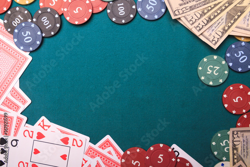 Платно  Gambling Chips